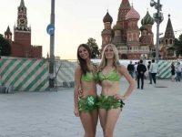 """Para """"Lettuce Ladies"""" Yang Sedang Mengkampanyekan Gaya Hidup Vegans di Rusia"""