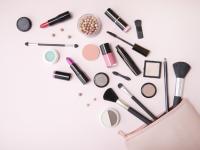 Selektif dalam memilih kosmetik untuk wajah