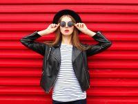 10 Jenis Pakaian Atau Baju Atasan Wanita Yang Wajib Anda Miliki