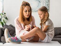 Tips Menyembuhkan Bekas Luka Jatuh Pada Anak